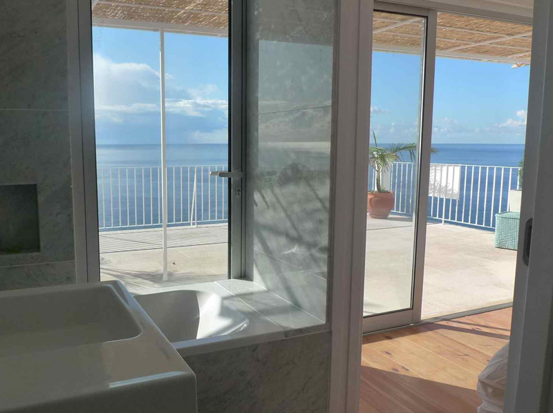 Bathroom Sea View